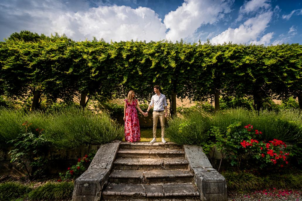 servizio fotografico di coppia in Villa Zileri - coppia nella natura